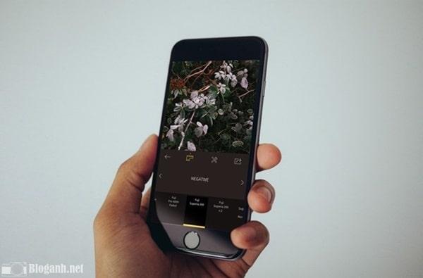 ứng dụng chỉnh ảnh RNI Films, điện thoại, bàn tay