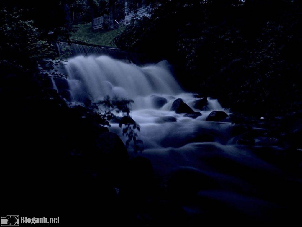 thác nước, núi rừng, u ám
