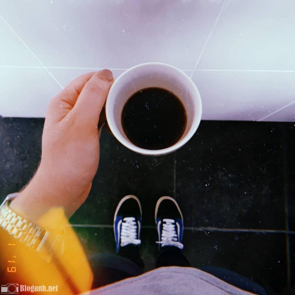 đôi giày, cái cốc